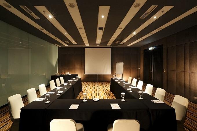 Ruangan Meeting Sewa Tempat Gedung Bisnis