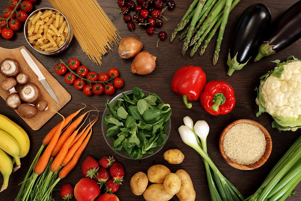 Makanan Sehat di Atas Meja
