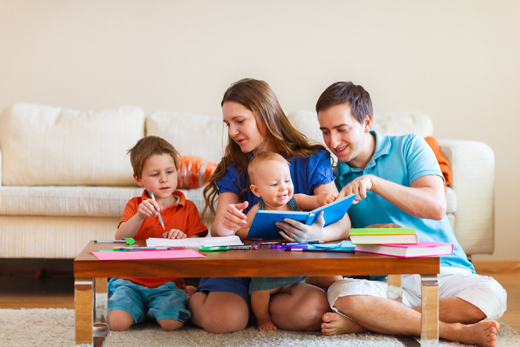 Orang Tua Mendidik Anak