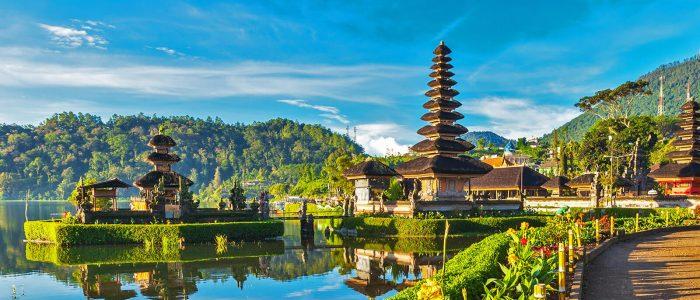 Ilustrasi Tempat Wisata di Bali